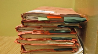 300 жители и фирми в Неделино получиха съобщения от ЧСИ
