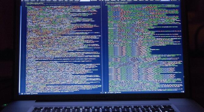 Хакер срина голяма имейл платформа през БГ сървър