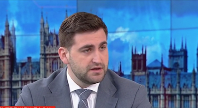 Андрей Новаков за Венецуела: Не може постоянно да се снишаваме (видео)