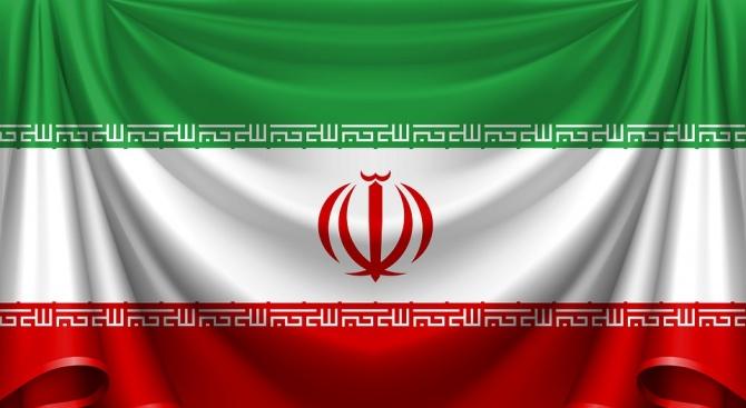 Иранците отбелязват 40 години от революцията през 1979 г.