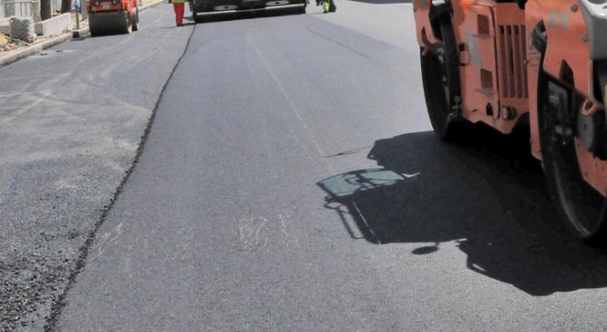 Ремонтират пътища и публични обекти за 1 280 000 лв. в община Завет