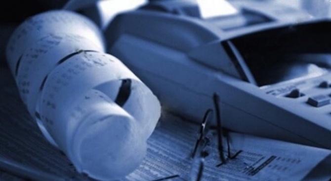 Инспектори от НАП са запечатали шест магазина в Русенско