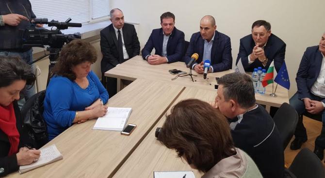 Цветанов: Докато в БСП има сблъсък на лобита, при ГЕРБ много хора могат да оглавят листата за европейските избори