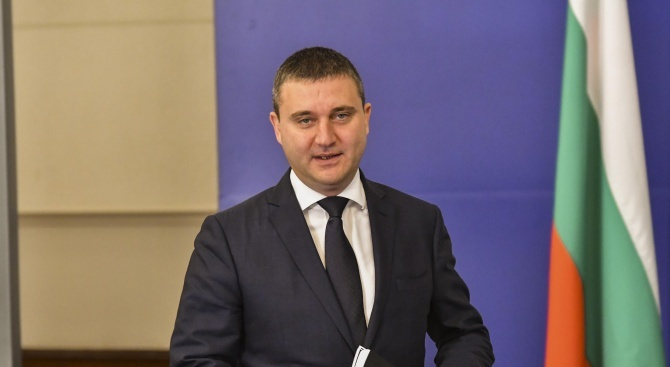 Горанов: Срокът за смяна на касовите апарати и софтуера може да бъде удължен