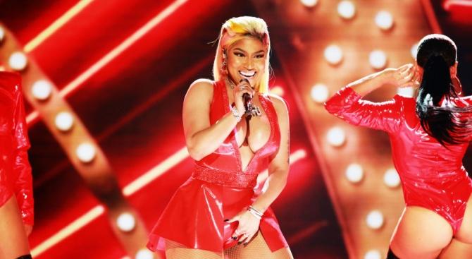 Ники Минаж отмени участието си в концерт на BET заради обиден туит