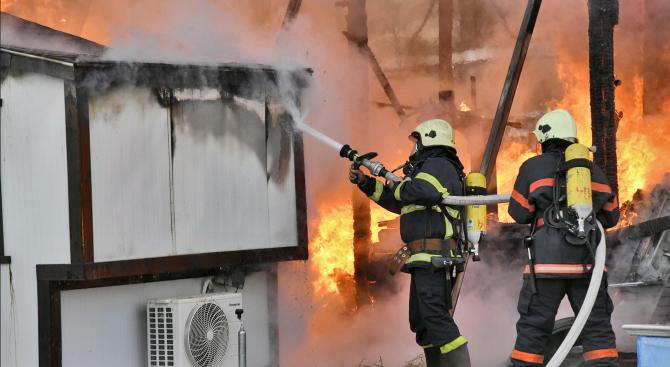 Баба загина при пожар в дома си в пазарджишко село