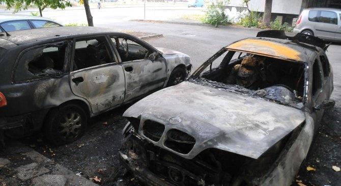 Пожар е пламнал около 12,30 часа днес в автосервиз в