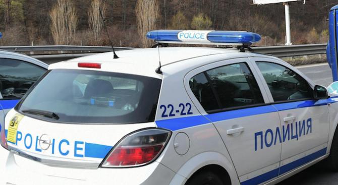 Издирват 36-годишен мъж от Мадан, избягал от полицейска проверка в Бургас