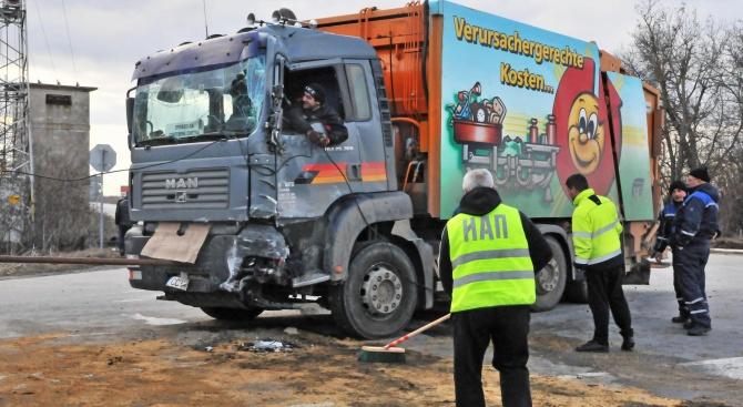53-годишен мъж е загинал при тежко пътнотранспортно произшествие, станало около