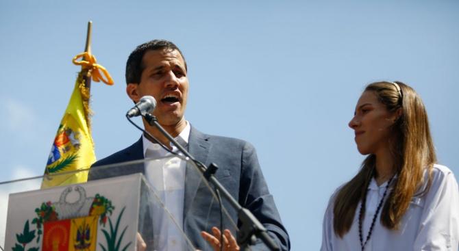 Делегация на ЕНП заминава за Венецуела за среща с Хуан Гуайдо
