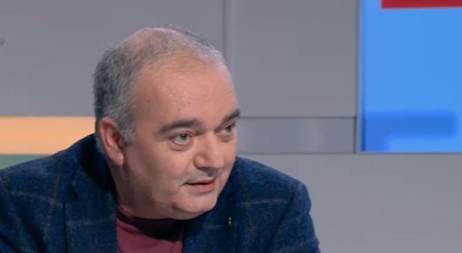Арман Бабикян: Като Незнайко в страната на чудесата сме