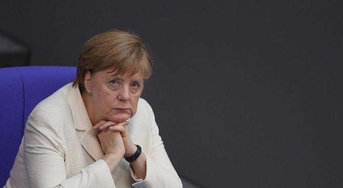 Меркел призова за включване на Китай в усилията за разоръжаване