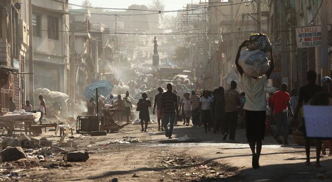 Жители на Хаити по време на протест се противопоставиха на