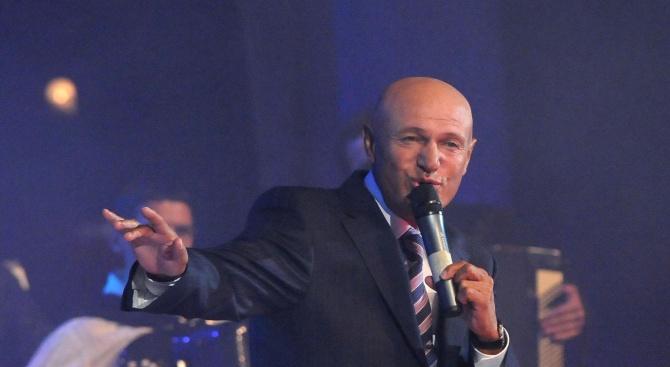 Кралят на сръбската музика Шабан Шаулич загина в катастрофа