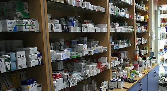 Снимка: Денонощните аптеки са вече под 1%