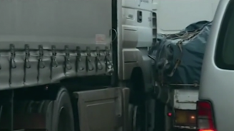 Верижна катастрофа блокира Околовръстното в София