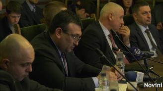 """Младен Маринов: Случаят """"Гебрев"""" се разследва на два етапа"""