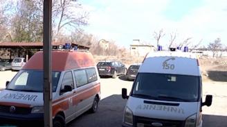 Медикът, нападнат от тийнейджър в Нова Загора: Скочи като котка и си заби ноктите в очите ми, удари ме 7-8 пъти