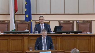 Министър Вълчев: Нямаме противоречие с Концепцията на Красимир Каракачанов в частта ѝ за образованието