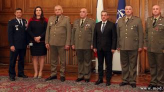 Български военнослужещи бяха наградени с военни отличия на  Въоръжените сили на САЩ