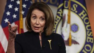 """Демократите в Конгреса определиха като """"незаконно"""" намерението на Тръмп да обяви извънредно положение"""