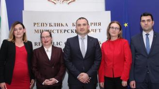 Румяна Бъчварова: Политическата битка на днешното време е битката за истината