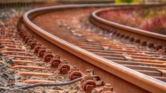Счупена стрелка е причината за дерайлирането на влака в Пловдив