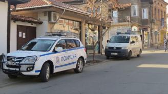 Полицията в Кюстендил продължава издирването на 19-годишен, извършил убийство тази сутрин
