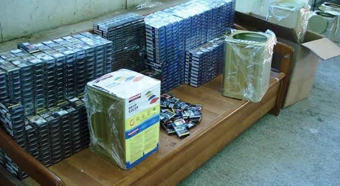 """Контрабандни цигари са били задържани при две проверки на """"Капитан Андреево"""""""