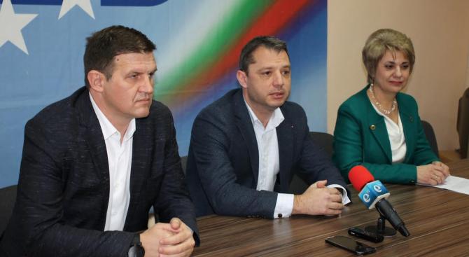 Делян Добрев: Правим всичко възможно да запазим зелените площи в Хасково и да спрем строителството в тях