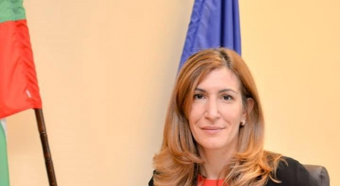 Министърът на туризма Николина Ангелкова ще представи Единната система за