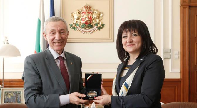 Цвета Караянчева се срещна с руския депутат Андрей Климов