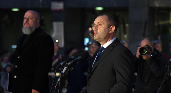 Румен Радев: Днес свободният избор на управници е обект на посегателство