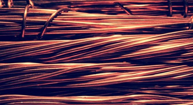 Снимка: 160 метра проводници откраднати от електропреносната мрежа на с.Житница