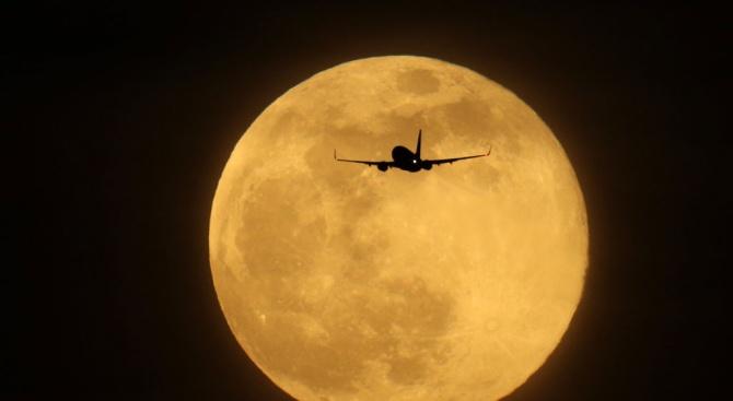 Снимка: През изминалата нощ наблюдавахме Супер Луна