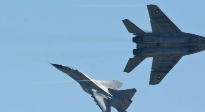 Снимка: Индия купува от Русия изтребители МиГ-29