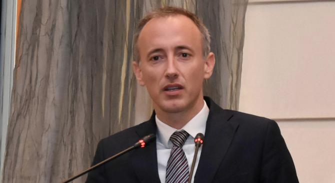 Снимка: Красимир Вълчев ще участва във форум за дигиталното образование