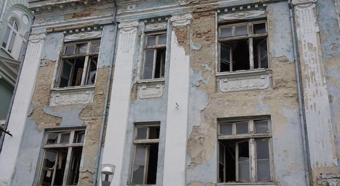Снимка: Никоя фирма не иска да реставрира родната къща на Адриана Будевска