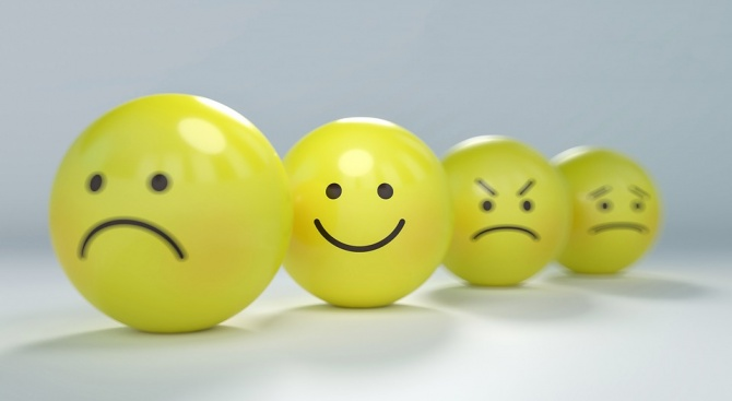 Само 4% от българите се чувстват щастливи. 31% смятат живота