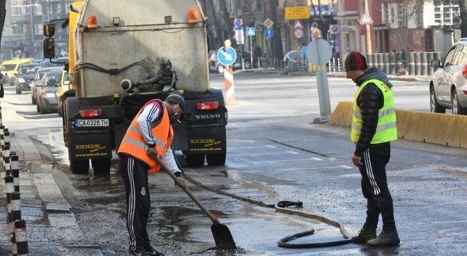 В София ще се извършва миене наулици и булеварди.Това съобщиха