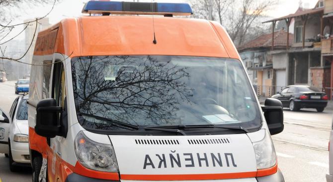 Снимка: 33-годишен пострада при катастрофа в Свищов
