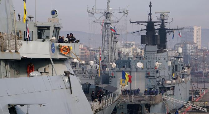 Кораби от Втората постоянна противоминна група на НАТО (SNMCMG 2)