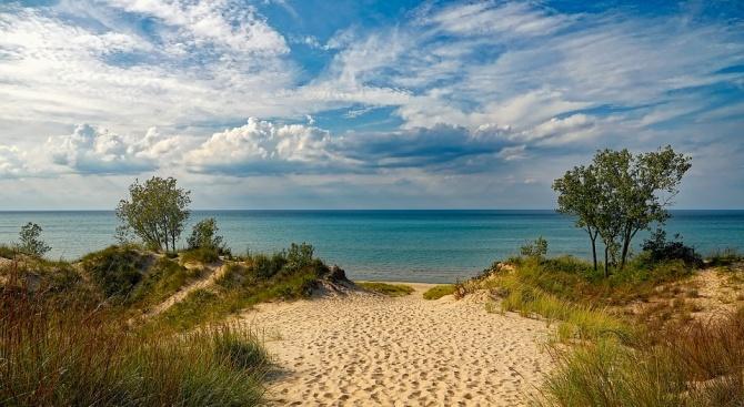 Забрана за плажуването върху дюни предвиждат одобрените от кабинета промени