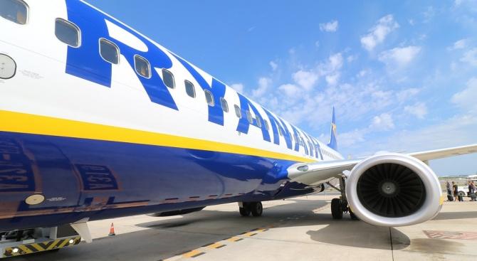 """Италианските власти наложиха глоба на авиокомпаниите """"Райънеър"""" и """"Уизеър"""". Те"""