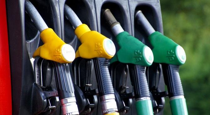Снимка: Съмнително еднакви цени на горивата по бензиностанциите. Очаква ли се ново поскъпване?