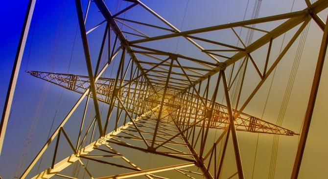 Прекъснато е електрозахранването в общините Никопол и Кнежа в Плевенска