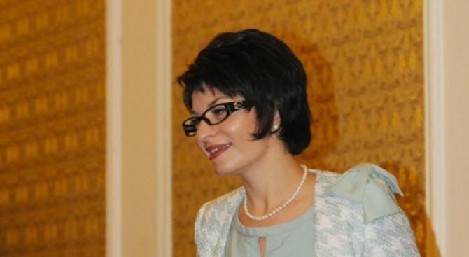Десислава Атанасова: Твърденията на Йончева отдавна минават границата на нормалния тон