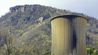 Разрушиха нерентабилна електроцентрала край Дортмунд