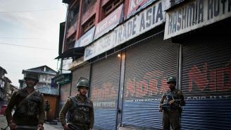 Пакистан повика посланика си в Индия за консултации