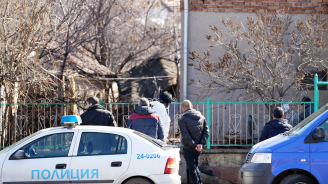 Мъж уби четирима свои близки в Нови Искър